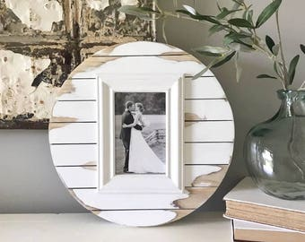 """4x6 (13"""" circle), Shiplap Frame, Wood Picture Frame, 5 year anniversary, distressed frame, rustic picture frame, one year anniversary"""
