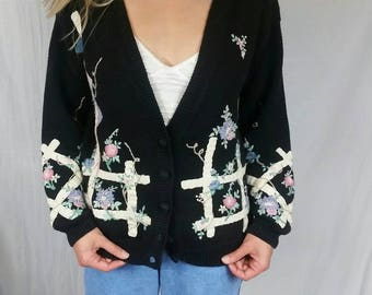 80s Vintage Embroidered Cardigan • Size MEDIUM • Black Womens Cardigan with Pastel Flowers • Knit Cardigan Sweater • Hipster Sweater