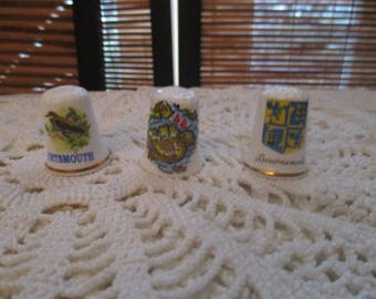 Porcelain Bone China Collectors Decorative  Thimbles - Holiday  Souvinier English Seaside (set of Three)