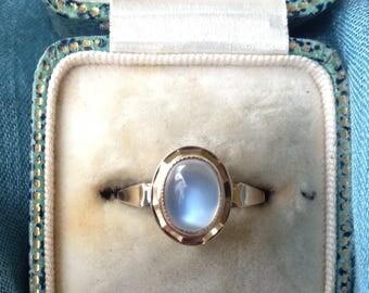 Coupon Sale! Vintage Estate Moonstone 9k Gold Ring
