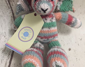 Hand Knitted CE tested Small Stuffed Rabbit Comfort Toy