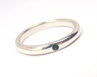 Rare Tiffany & Co. Peretti Sterling Silver Emerald Stacking Ring Size 4.75