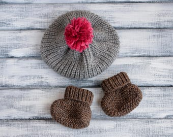 Baby booties, knitted baby booties, baby gift, baby shower, knitted booties, baby shoes, newborn gift, newborn shoes