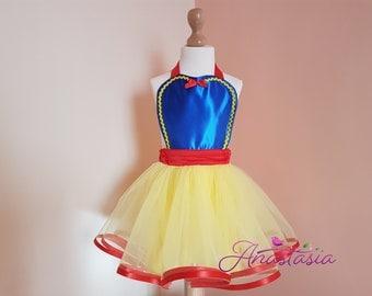snow white tutu apron dress, tutu dress, apron dress