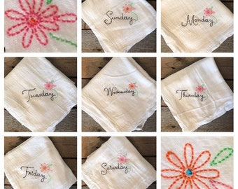 Charming Flower Days Of The Week Towels, Dainty Kitchen Towels, Cute Kitchen Towels,  Days