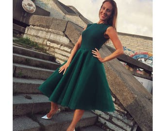 Emerald green tulle skirt!