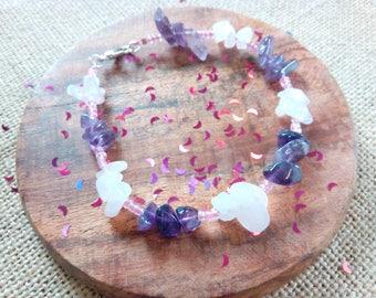 Rose quartz and amethyst chip healing bracelet, birthday present, sobriety stone, love or friendship. Menopause bracelet, meditation, calm.