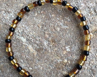Mixed Brown And Black Seed Bead Bracelet made with stretch cord / Free shipping