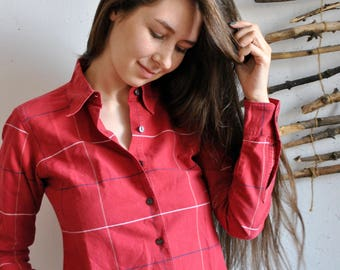 Plaid red shirt 1990s 1980s vintage womens casual heritage blouse