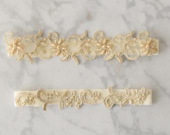 Light Gold Wedding Garter, Champagne Flower Lace Wedding Garter Belt, Gold and Ivory Wedding Garter
