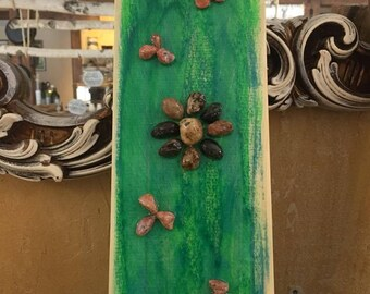 Wood slab decor, wall hanging, nature decor, seashell decor, beach theme decor,summer decor