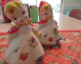 Vintage Hull Little Red Riding Hood Shakers