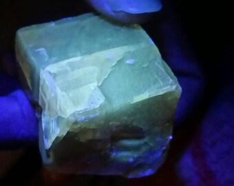 UV Flourescent Honey Calcite