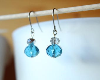 Earrings with blue and clear glass beads