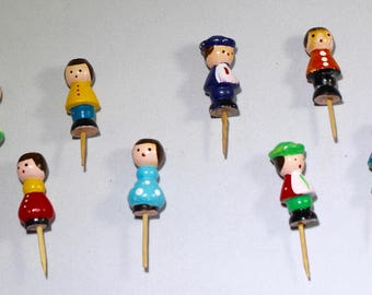 Peg Dolls - Peg Cake Decorations - Wooden Peg Dolls - Birthday Candleholder - Cake Candleholder - Old Cake Topper - 8 Peg People Toppers