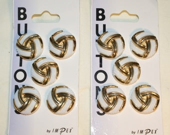 10 Vintage Impex Plastic Buttons White & Gold 18mm on Card