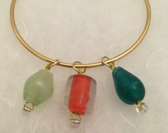 3 glass bead charm bracelet on gold band