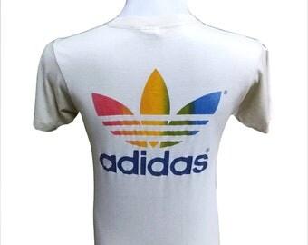 Hot Sale!!! Rare Vintage 80s ADIDAS RAINBOW Garden State Games New Jersey Big Trefoil Logo T-shirt Hip Hop Skate Swag Medium Size