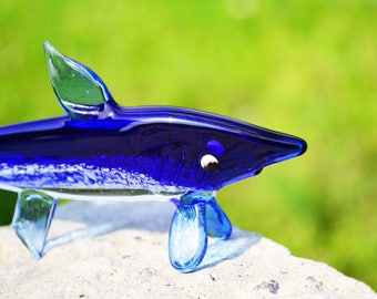 Glass shark sculpture shark statue glass shark figurines ornaments glass shark paperweight shark decor decoration gift toys shark art glass