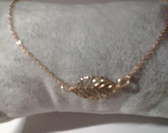 Colliet plated gold with leaf