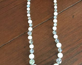 Vintage White and Clear Lucite Graduated Bead Necklace