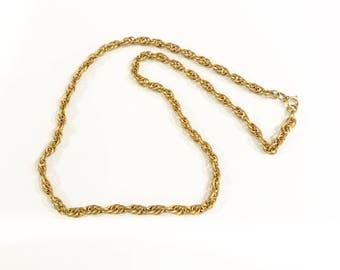 Vintage Retro Gold Tone Chain Necklace