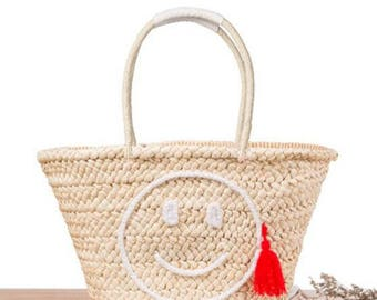 Simple and stylish straw bag smiling face woven bag leisure fringed beach bag  Tote bag Shoulder bag