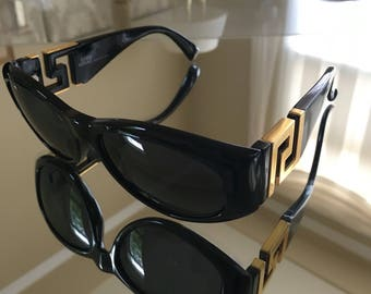 SALE! Authentic Vintage Gianni Versace Classic sunglasses with Medusa Leather Case