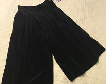 80's Black Velvet Culottes Great Condition Almost New