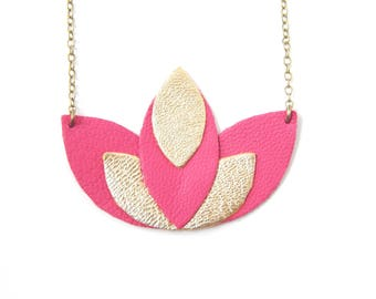 Pia pink and gold necklace