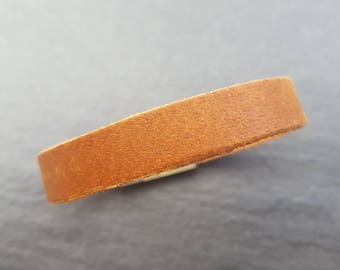 Leather Bracelet flat in Brown