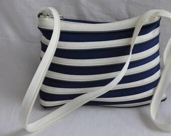 beige and blue bag Navy 21 x 16, handle-115 cm a slider