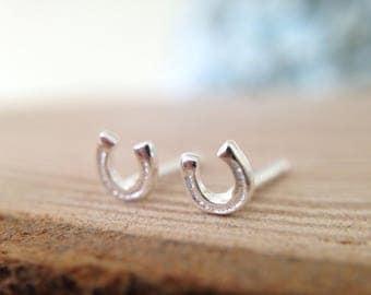 Sterling silver horse shoe earrings