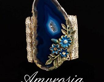 Unique stretchable bracelet with natural blue agate stone , semi precious rare agate , sea blue agate