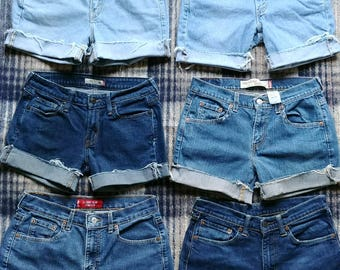 Levis Cut-Offs with some Stretch - All in pics. available
