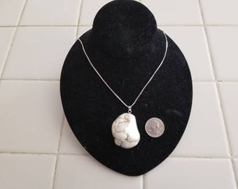 White jade and Sterling silver necklace