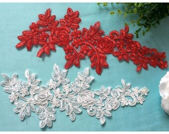 1 Pair Bridal Lace Applique Rose Flower Trim Appliques in Off White for Weddings,   Sashes, Veils, Headpieces, WL1525