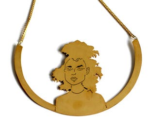 MALAIKA shiny brass bib necklace