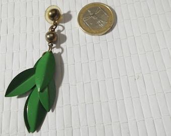 Vintage Mono Earring in green