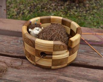 Bog Oak and Ash Wood Yarn Bowl, Segmented Chess Pattern Yarn Holder, Circle Knitting Organizer, Round Crochet Bowl, Wool Yarn Storage Dish