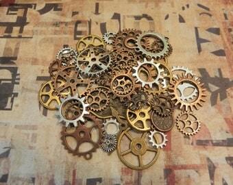 lot 25 pieces gear mechanism clockwork steampunk vintage Victorian gears watch