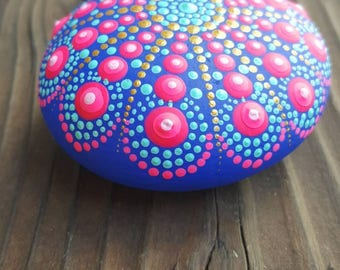 Painted rocks, painted stone, Mandala rock, handmade, acrylicpainting, stone art, rock art