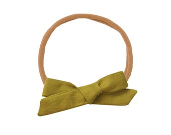 Schoolgirl Bow or Pigtail Set /// Avocado