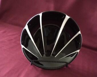 "Black sunburst-hand crafted glass bowl 9"""