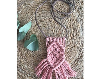 Boho Macrame necklace pale pink Aka