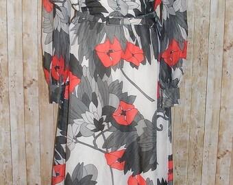 Size 14 vintage 70s collared belt maxi dress long sleeve red/grey floral (HL94)