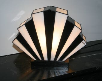 Lamp Art Deco stained glass Tiffany Flabellum Black and White