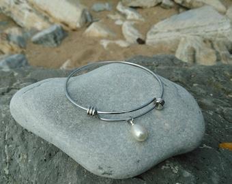 Bracelet titanium ring with genuine fresh water Pearl