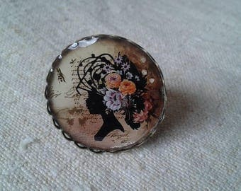 "ring ""woman in flowered hair"""