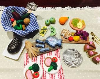 Doll house miniature dinner dessert set